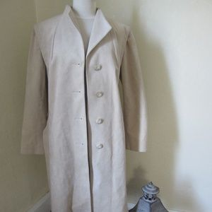 Ultrasuede Trench coat cream color size 18 1/2